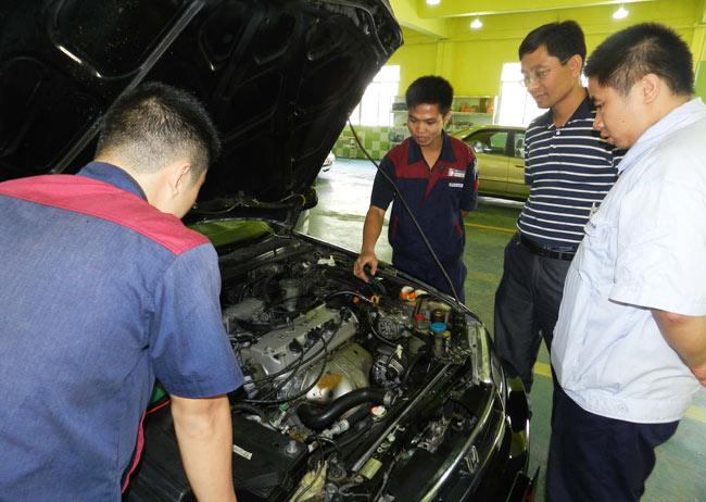 广州市杰威汽车养护有限公司将真诚欢迎我院的毕业生前去应聘.